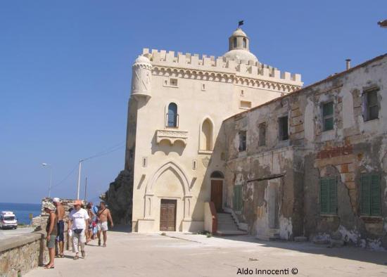 Pianosa :Palazzo della Specola