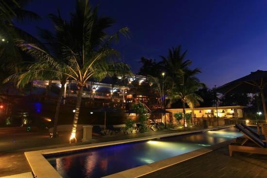 Atlantis Beachclub By Plataran Pool