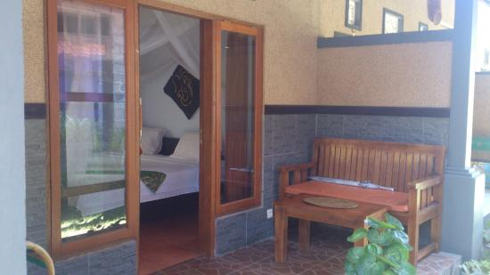 Putu Guest House