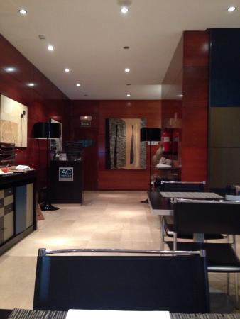 AC Hotel Zaragoza Los Enlaces : Comedor