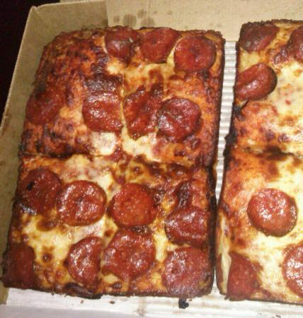 Little Caesars : 3rd time. Burnt Piazzas