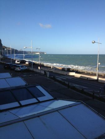 Hotel de la Mer : Vu sur la mer et falaise