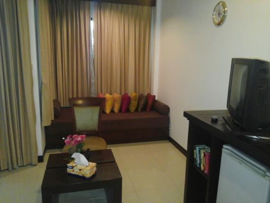 Phuket Naithon Resort: Sofa