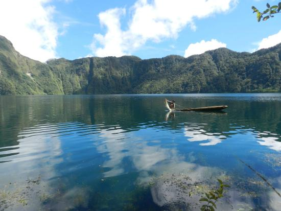 Lake Holon: The Most Beautiful Lake in the Philippines :)