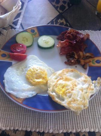 Villa Simona: The breakfast