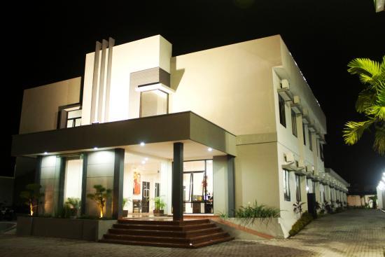 tirta kencana hotel garden resto reviews yogyakarta region rh tripadvisor com