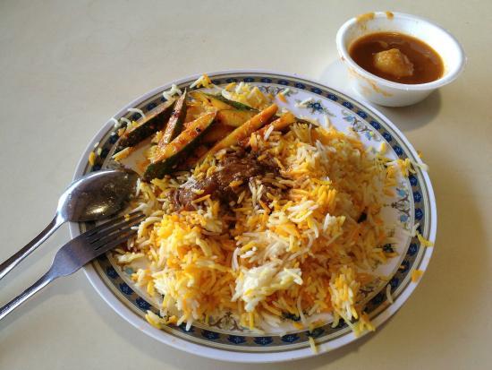 Geylang Serai New Market : Mutton Nasi Briyani Set
