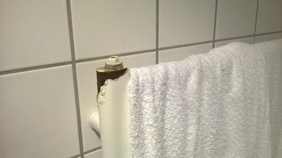 DGI-byens Hotel: Rostig handdukstork