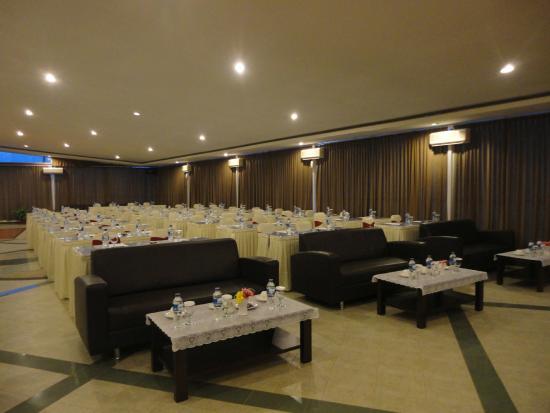 Bintan cabana beach resort luxury room decor