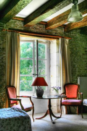 Blet, France: Bed and Breakfast suite in old style