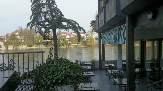 Hotel Schiff am Rhein : hotel shiff esterna