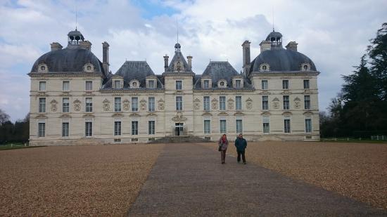 Hotel Saint Cyr: Château Cheverny
