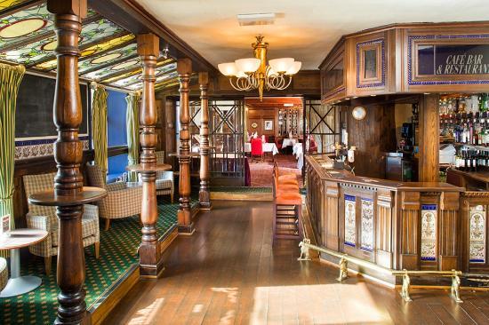 Wallis Simpson Restaurant