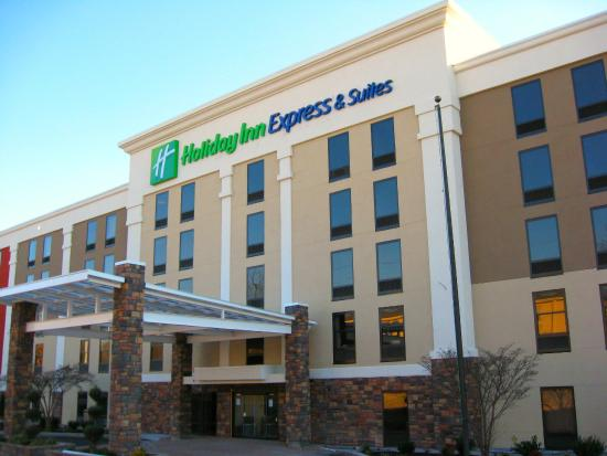 holiday inn express picture of holiday inn express. Black Bedroom Furniture Sets. Home Design Ideas