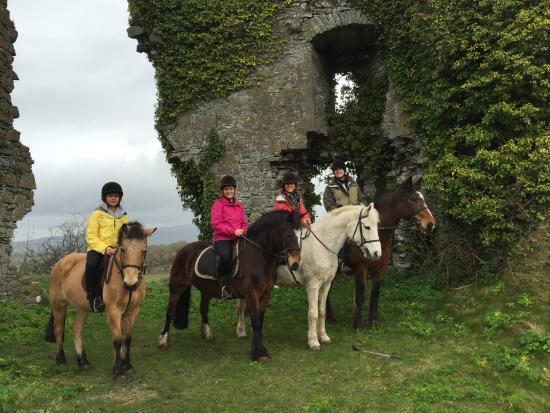 Clarina Equestrian Centre: Castle Ruins