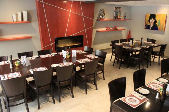 Restaurant Bar Les Trois Barils: Section foyer