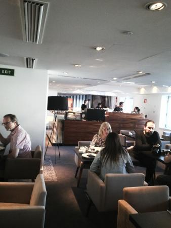 UR Palacio Avenida: nueva cafeteria
