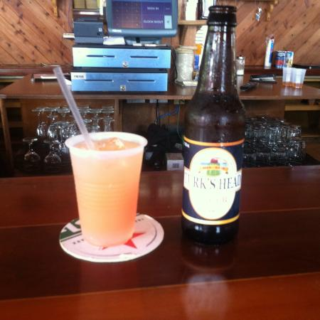 White Sands Beach Resort : Be sure and hit Capt Hook's Grill!