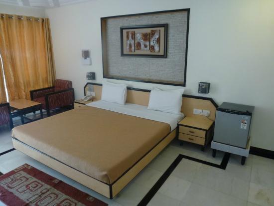 Radhika Beach Resort: Room