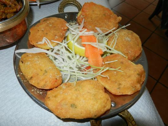 Taj Mahal : Aloo Pakora, patate fritte in pastella di farina di ceci