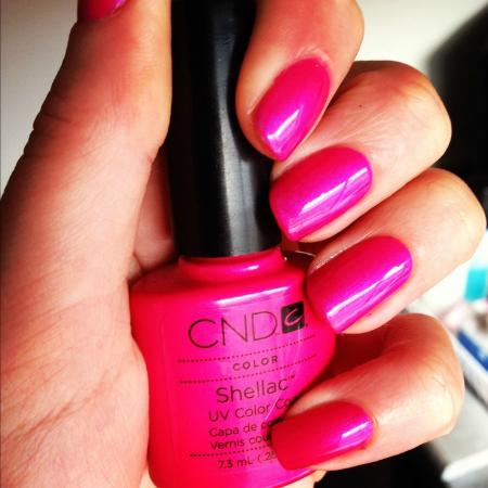 Huntingdon Spa: Shellac Hot Pink just £25 with full manicure