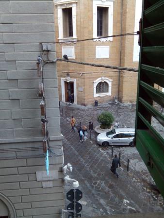 HOTEL LORENA: А из нашего окна капелла Медичи видна!