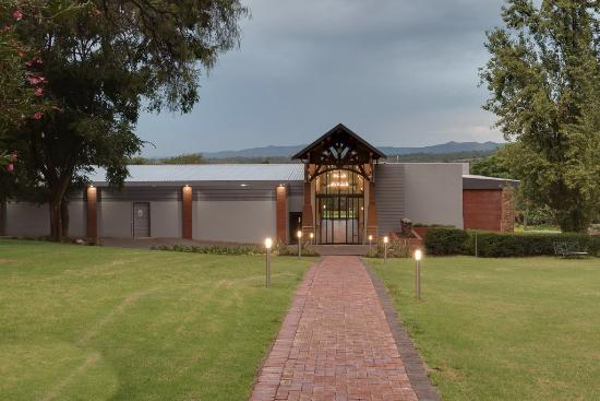 Rustenburg, Südafrika: Main building