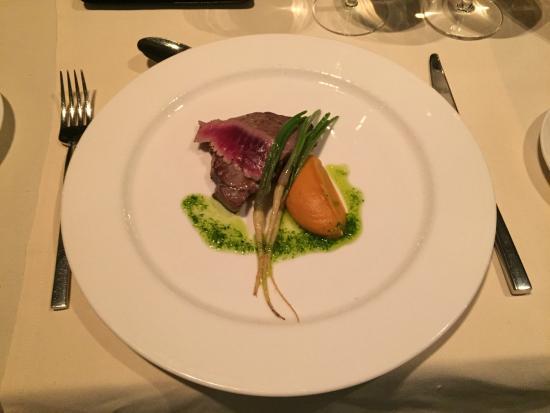 Dubravkin Put: Tuna dish