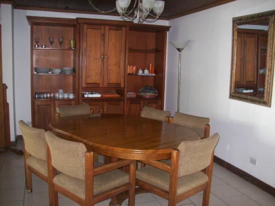 Casa Laurin B&B : Breakfast area.