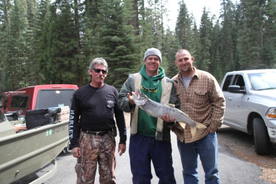 Bucks Lake Lodge : fishing