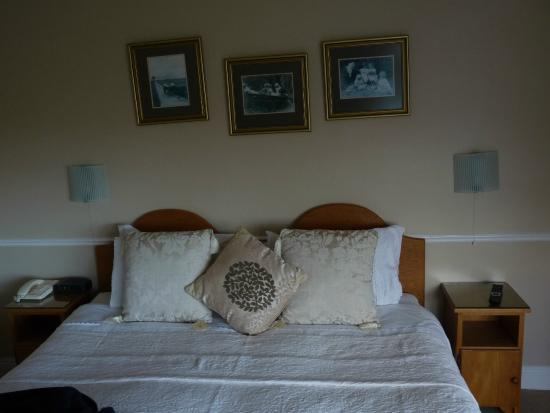 Glenorney by the Sea : Sehr bequemes und großes Bett