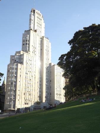 Edificio Kavanagh: .