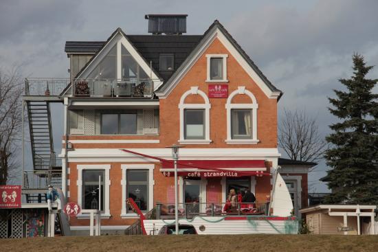 Strandvilla am Hafen: Café