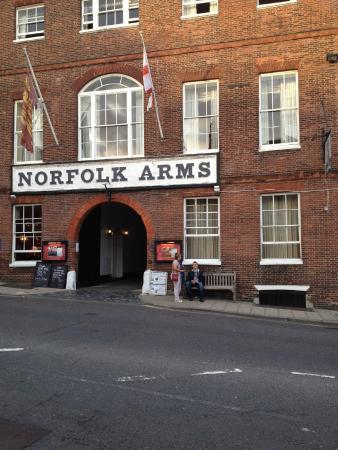 Norfolk Arms Hotel - Afternoon Tea