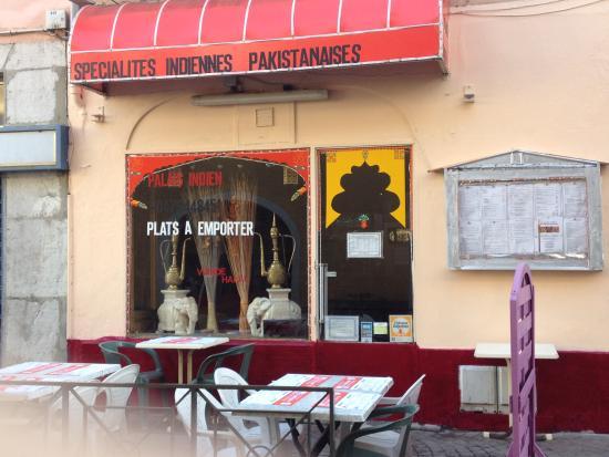 Chambéry, France : spécialités nans fraiches