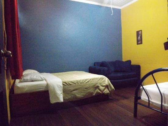 Hotel Cortez Azul: habitacion baño privado