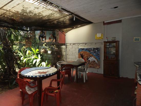 Alajuela, Costa Rica: cocina-jardin