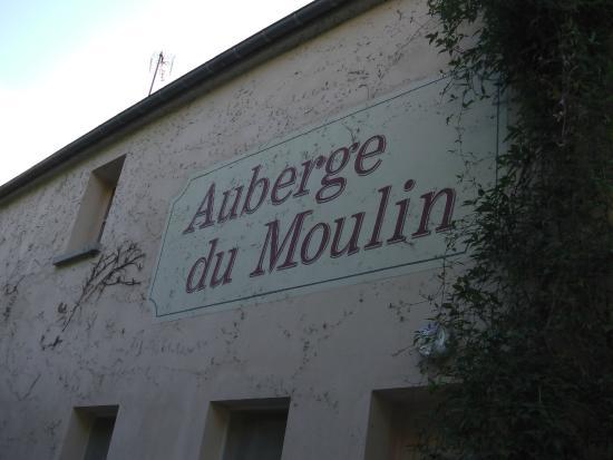 AUBERGE DU MOULIN DE SAINTE VERTU : zijgevel