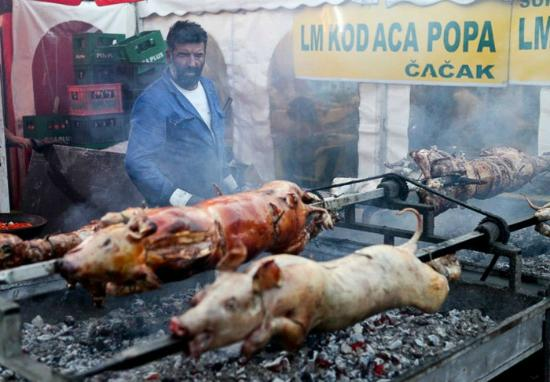 Rostiljijada: barbeque pig