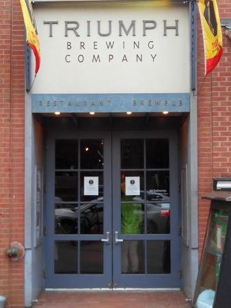 Triumph Brewing Company : Снаружи