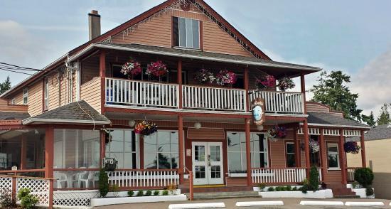 Lantzville Village Pub
