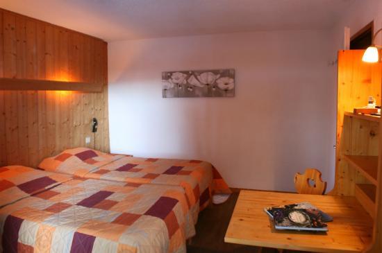 Hotel Les Lans: chambre