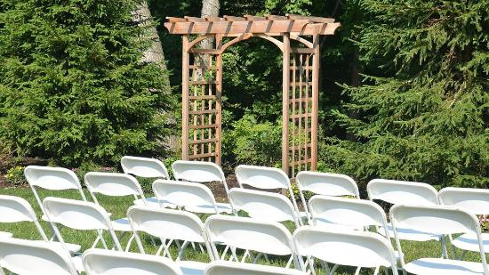 The Westport Inn - Wedding outdoor set up