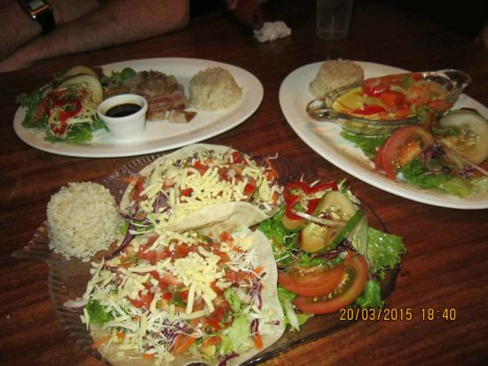 Maracatu: Fish Tacos, Coconut Shrimp curry and Grilled Tuna