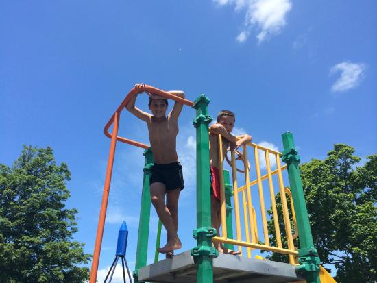 Hastings Top 10 Holiday Park: Childrens playground