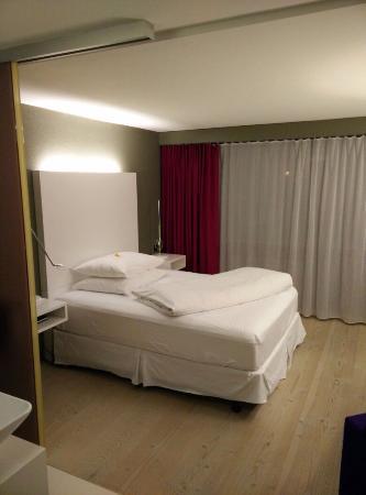 Hotel Restaurant Roessli: Kamer