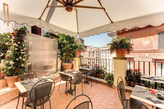 Relais Fontana Di Trevi: Roof Terrace, Breakfast,