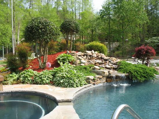 Cleveland, GA: Pool & Hot Tub Area