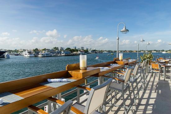 Pelican Landing Fort Lauderdale Downtown Fort Lauderdale