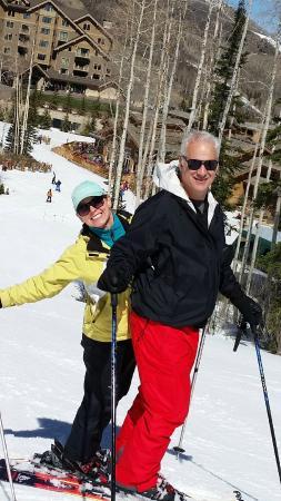 Slopeside Sports - Ski and Snowboard Rentals